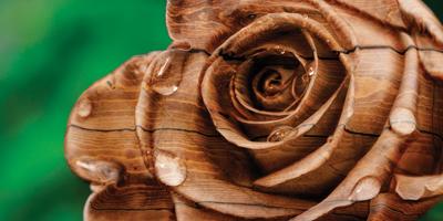 Роза из дерева